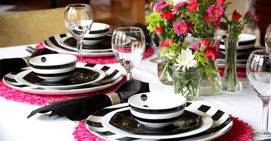 نکاتی برای چیدن یک میز غذاخوری متفاوتپنج دسته بندی اصلی برای چیدن یک میز غذاخوری متفاوت