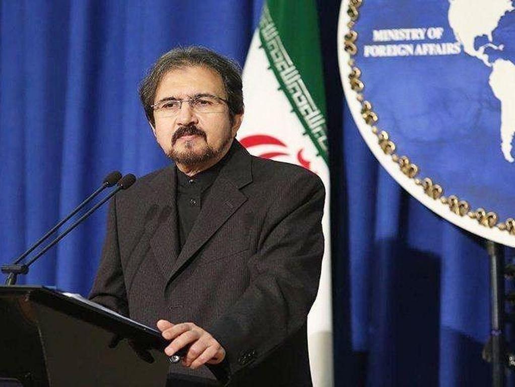 قاسمی: وزیر خارجه پاکستان فردا در تهران با ظریف دیدار می نماید