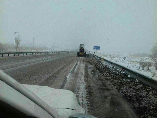 برف و باران آذربایجان شرقی را فرا می گیرد