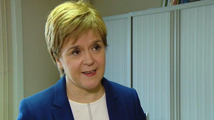 وزیر اول اسکاتلند: امروز تظاهر به دموکراسی هم در انگلیس از بین رفت