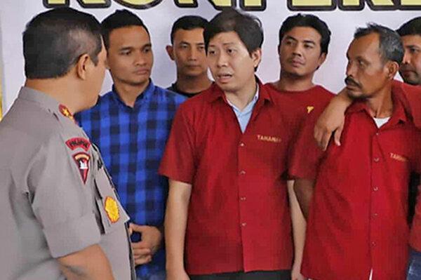 قتل دو روزنامه نگار در اندونزی ، سلطان پالم دستگیر شد