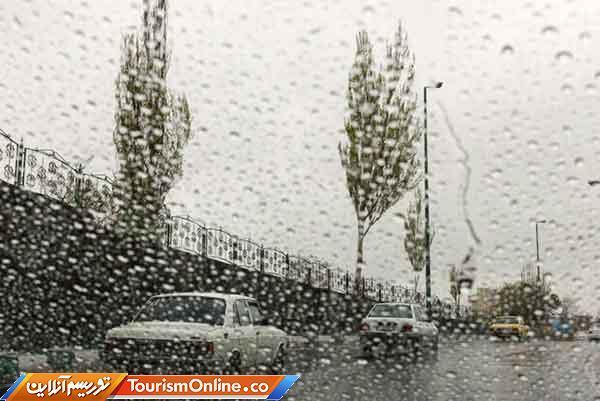 رگبار باران همراه با وزش باد شدید موقتی در بعضی مناطق کشور، آسمان پایتخت کمی ابری است