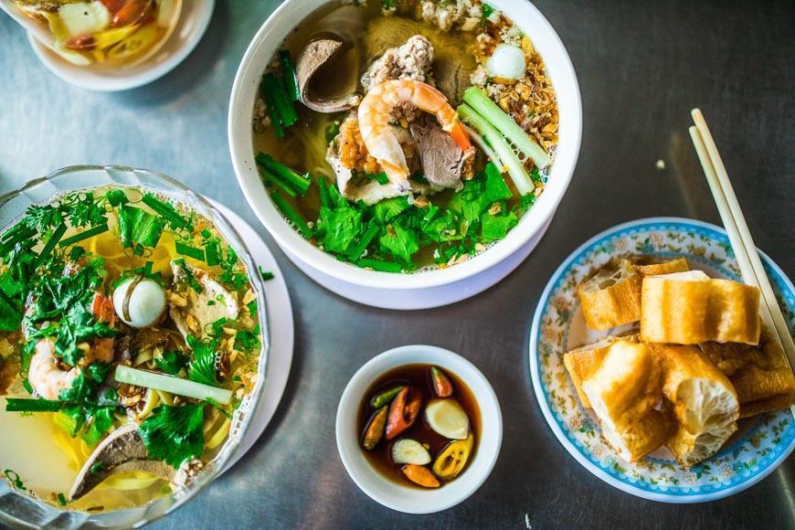 آشنایی با غذاهای ویتنام (hủ tiếu Nam Vang)