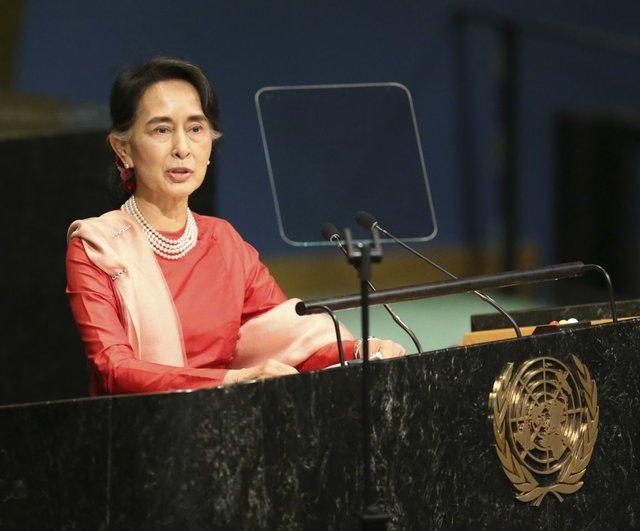 وزیر خارجه اندونزی با سوچی ملاقات می نماید
