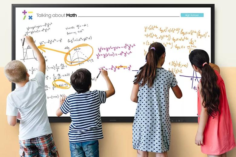 صفحه نمایش تعاملی 85 اینچ جدید سامسونگ، یک وایت برد دیجیتالی برای کلاس های دوران ویروس کرونا است
