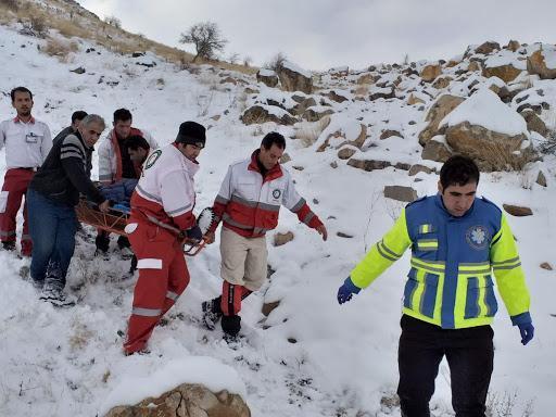 نجات جان 5 کوهنورد گمشده در ارتفاعات اشترانکوه