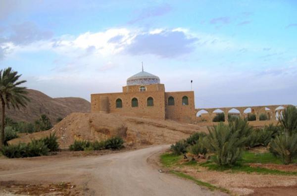 جاذبه های گردشگری خور و بیابانک اصفهان