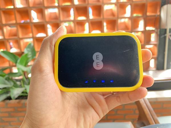 تخفیف ویژه: مودم 4.5G آلکاتل EE70 با 32 درصد تخفیف 1.7 میلیون تومان