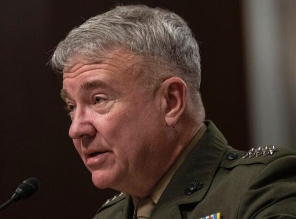 شرح فرمانده سنتکام درباره خروج نظامیان آمریکایی از عراق، مک کنزی: از قرارداد ایران و چین نگرانیم
