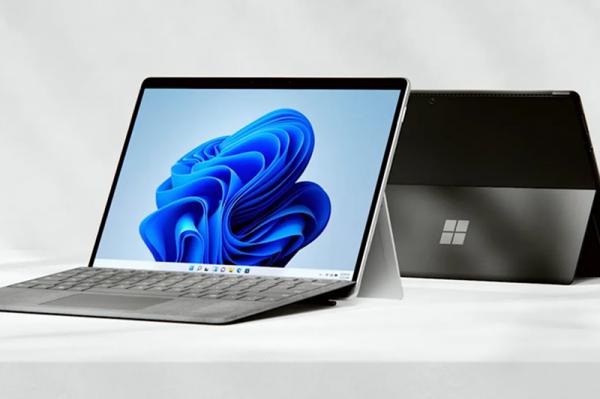 مایکروسافت سرفیس پرو 8 با صفحه نمایش عظیم تر 13 اینچی، نرخ تازه سازی تصویر 120 هرتز و تاندربولت 4 معرفی گردید